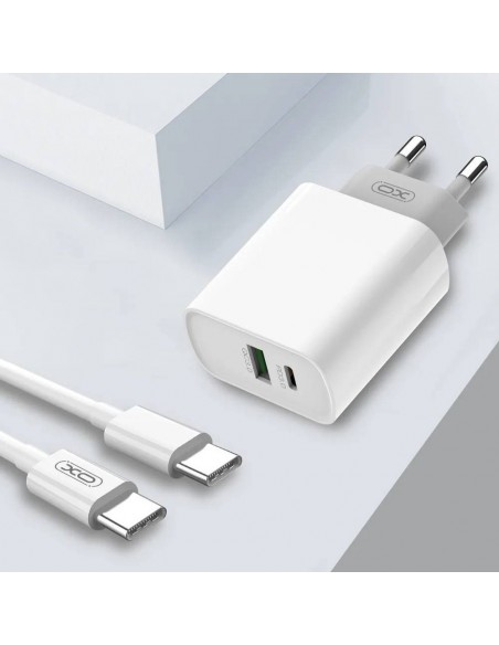 Etui premium skórzane, case na smartfon SAMSUNG GALAXY A7 2018. Skóra pikowana czarna ze srebrną blaszką.