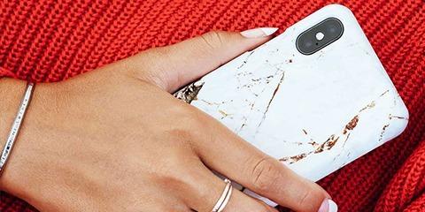 Modne etui, a bezpieczeństwo smartphona